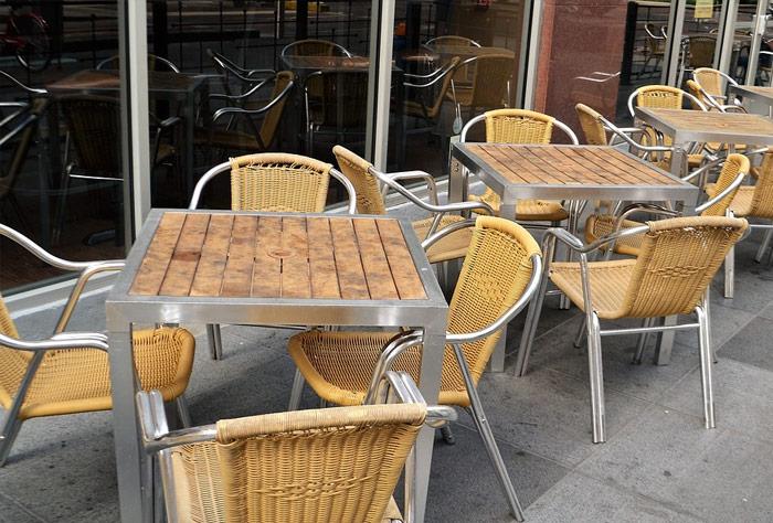 밴쿠버시, 레스토랑 파티오 사용비 면제 검토