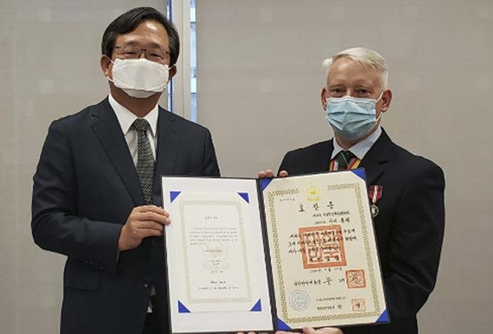[특별기고] 한국은 참전용사들을 기억합니다