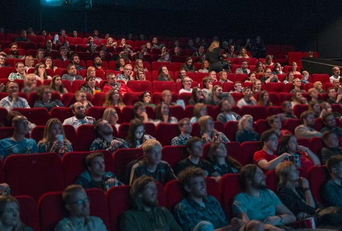 하키, 영화관 등 인원제한 해제